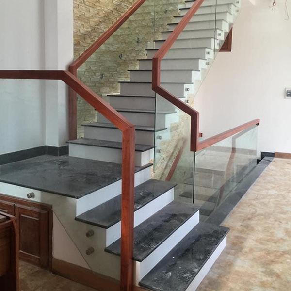 Cầu thang kính - CTHD - 2