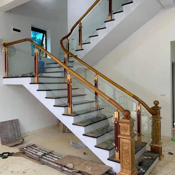 Cầu thang kính - CTHD - 3