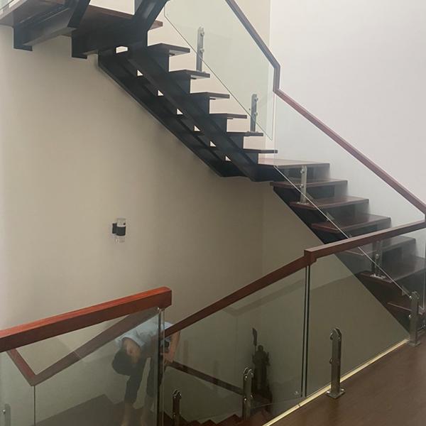 Cầu thang kính - CTHD - 4