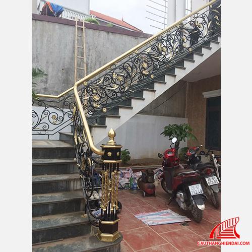 cầu thang sắt nghệ thuật 47