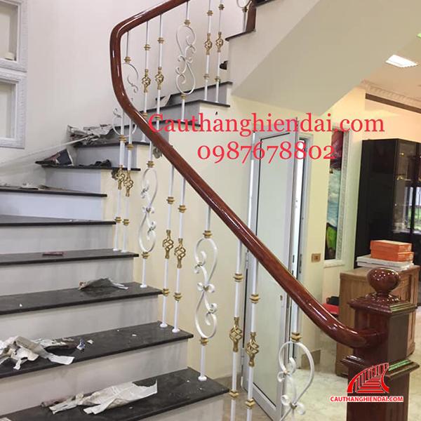 Cầu thang sắt nghệ thuật 55