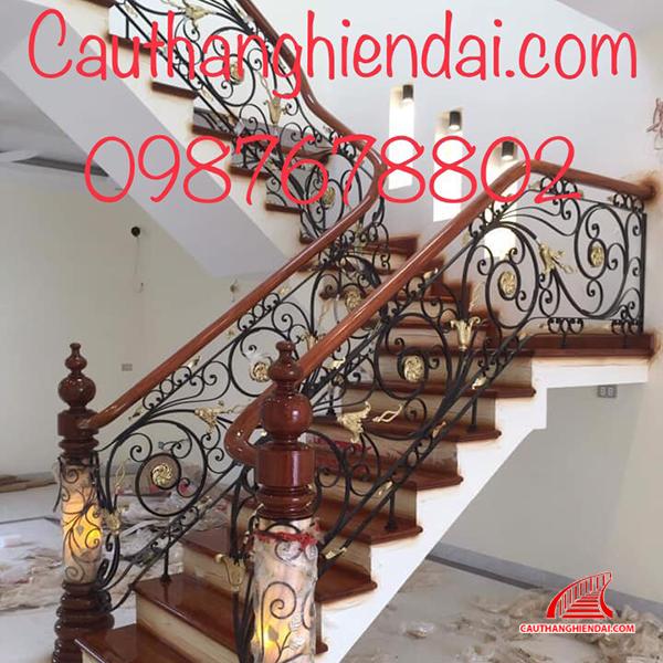 Cầu thang sắt nghệ thuật 56