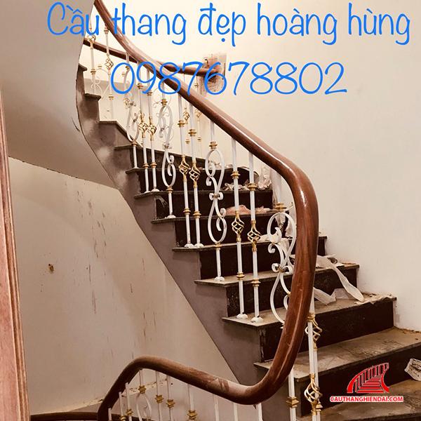 Cầu thang sắt nghệ thuật 58