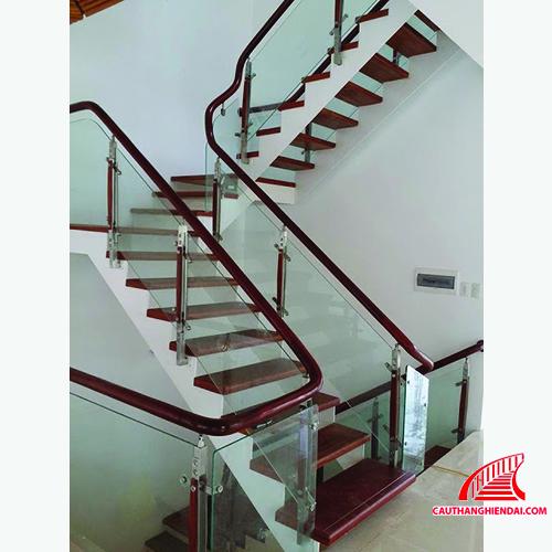 Cầu thang xương cá 05