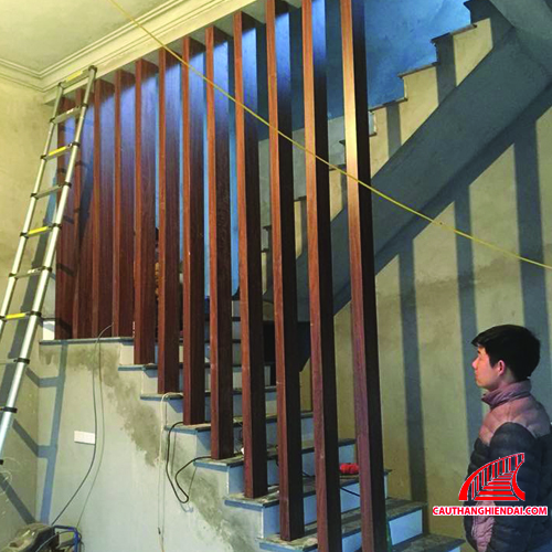 Cột gỗ trang trí 02 class=