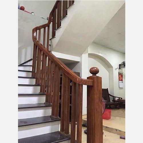 Cầu thang gỗ 01
