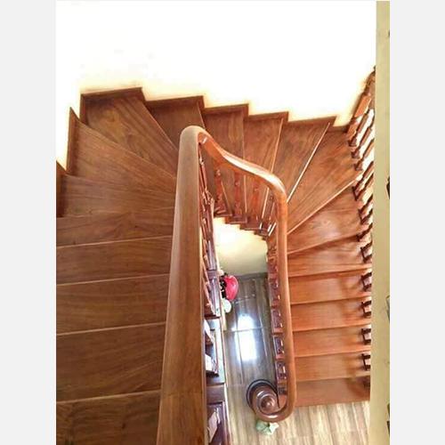 Cầu thang gỗ 07 class=