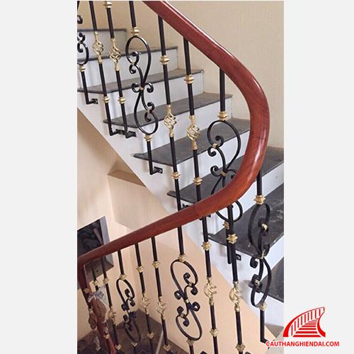 Cầu thang sắt nghệ thuật 10