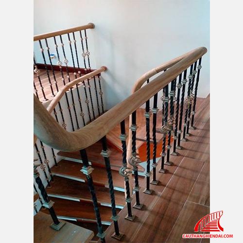 Cầu thang sắt nghệ thuật 11