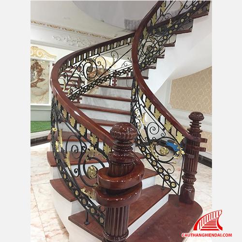 Cầu thang sắt nghệ thuật 24