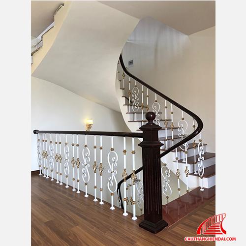 Cầu thang sắt nghệ thuật 33