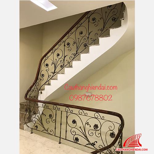 Cầu thang sắt nghệ thuật 42